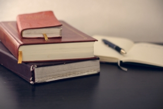 piledbooks